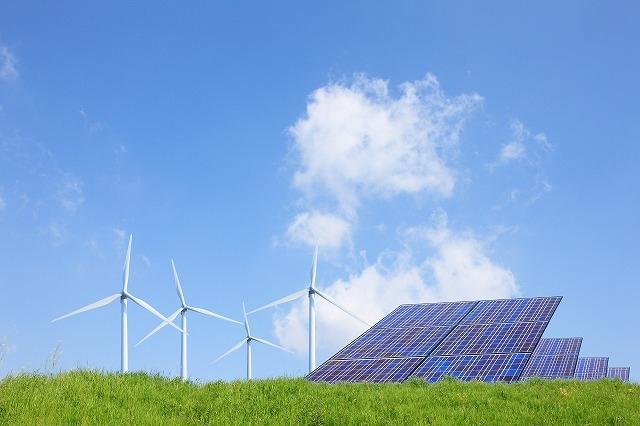 再生エネルギーと電力自由化の相性について説明してます。