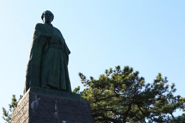 高知県桂浜、坂本龍馬