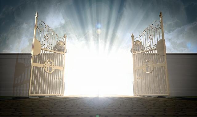 門が開く画像