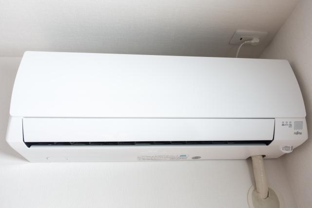 """""""エアコンの節電について紹介。簡単に涼を得る方法をご紹介します"""""""