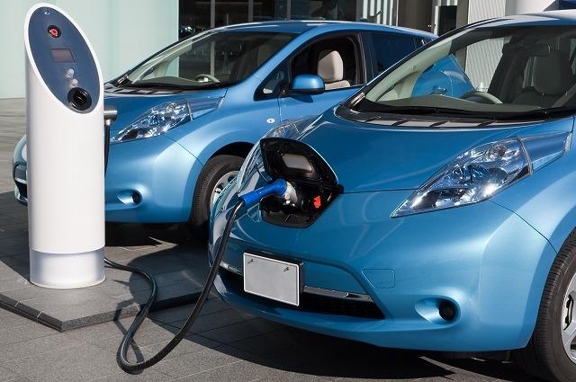 """""""電気自動車に投資することで、家計の節約につながる!?"""""""