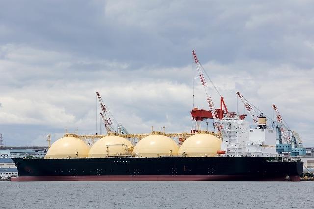 """""""日本はエネルギー資源に乏しく、海外に依存しています"""""""