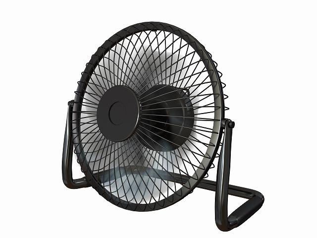 """""""扇風機に保冷剤を付けることでエアコンの使用を抑えられます。"""""""