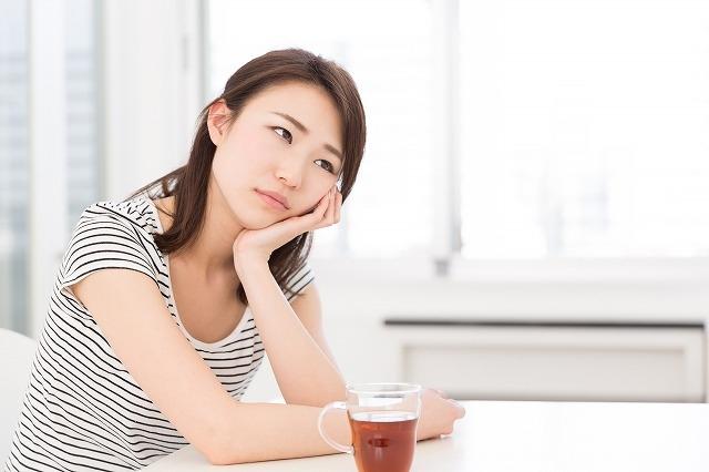 """""""悩む女性"""""""