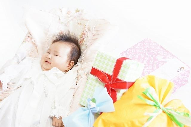 """""""赤ちゃんと出産祝い"""""""